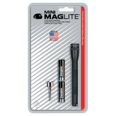 Mini Mag-Lite 2- Cell AAA Flashlight w/Batteries (Black)