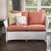 Weekend Retreat Loveseat