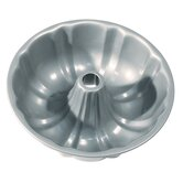 Non-Stick Fluted Cake Pan with Center Tube