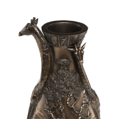 Design Toscano Giraffes of the Savanna Sculptural Vase