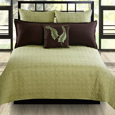 Hallmart Collectibles Matrix Coverlet Set
