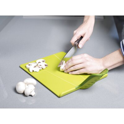 Joseph Joseph Chop2Pot Plus Chopping Board in Green