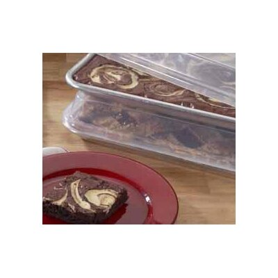 Nordicware Natural Commercial Bakers Quarter Sheet with Storage Lid