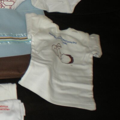 Precious Seed Tutorial Diaper Bag with Short Sleeved T-Shirts