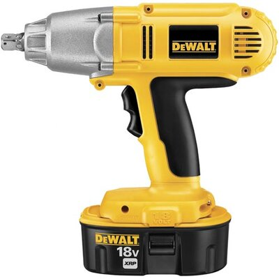 DeWalt 18V 1/2 High Torque Impact Wrench Kit(2 Batteries)