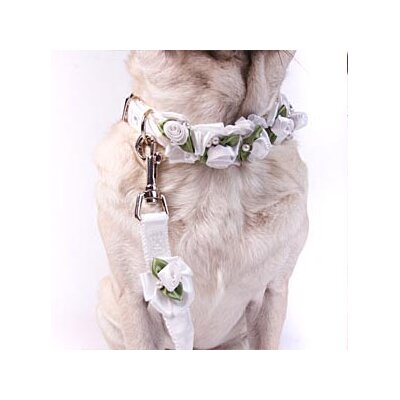 A Pet's World White Ribbon Dog Collar with Petal Flower Rosettes with Pearls