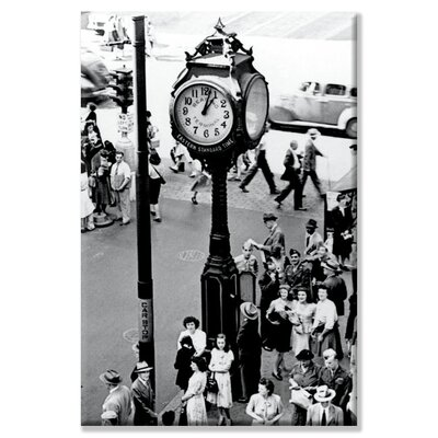 Buyenlarge Reading Terminal Clock, Philadelphia, PA Canvas Wall Art