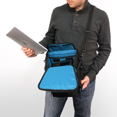 Skooba Design V.3 Photo / Tablet Traveler