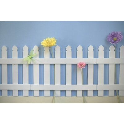 Heart to Heart Wooden Picket Fence Wall Border