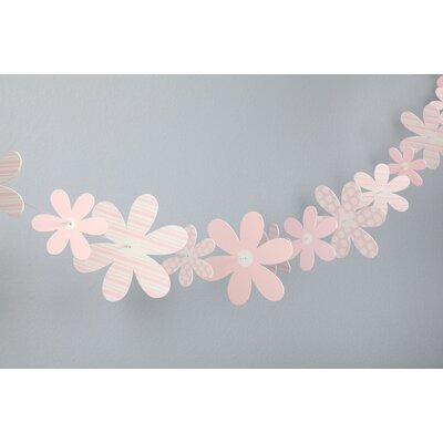 Heart to Heart Paper Daisy Garland Wall Decor