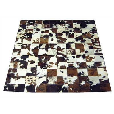 Spinneybeck Side Trim Haired Cowhide Rug