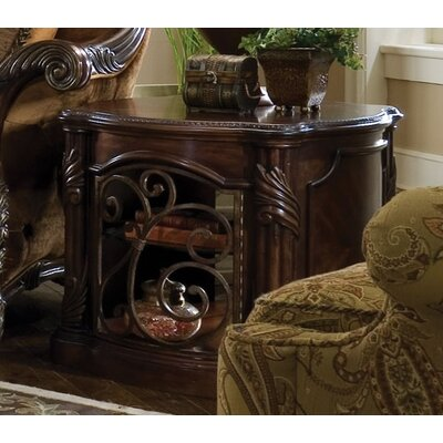 Michael Amini Essex Manor Coffee Table Set
