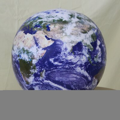 Jet Creations Astronaut View Globe (Set of 24)
