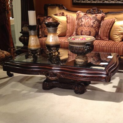 Benetti's Italia Firenza Coffee Table Set