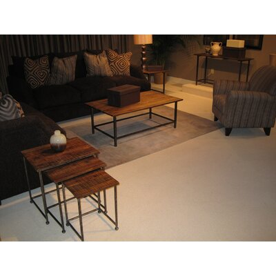 Woodbridge Coffee Table Set