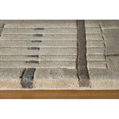 Momeni 5.2New Wave IV Sand Rug