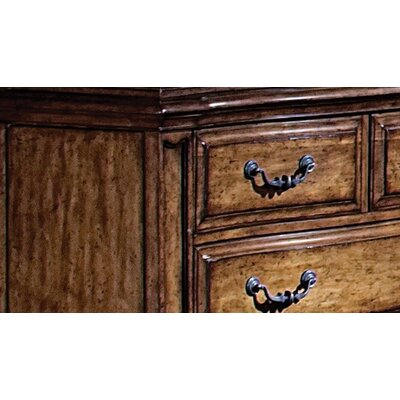 Wynwood Furniture Santiago Media 5 Drawer Chest and Media Deck