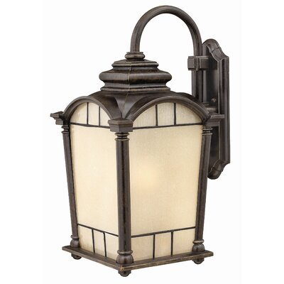 Hinkley Lighting Wellington Wall Lantern
