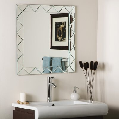 Decor Wonderland Luciano Wall Mirror