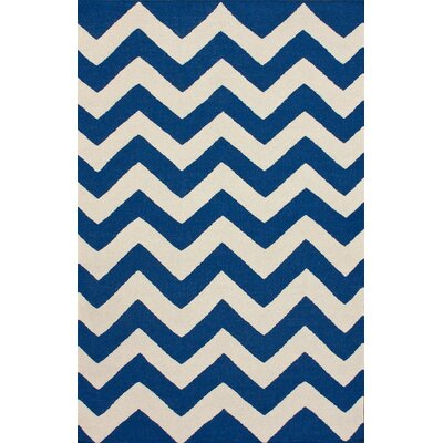 nuLOOM Marbella Chevron Navy Kilim Rug