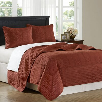 Hampton Hill Stonebridge Coverlet Set in Rust