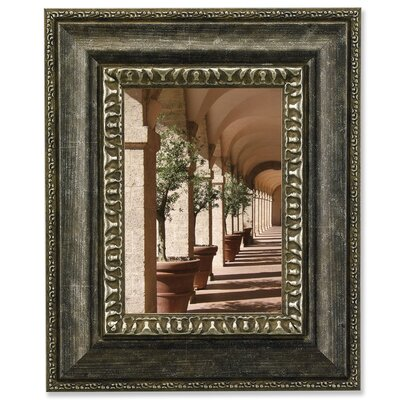 Traditional Carved Inner Edge Picture Frame
