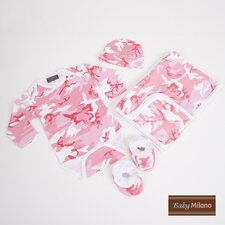 Baby Clothing Deluxe Gift Set in Pink Camouflage