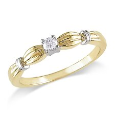 10K Yellow Gold Round Cut Diamond Ring