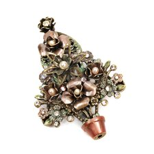 Christmas Topiary Tree Pearl Pin