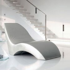 First Class Chaise Longue