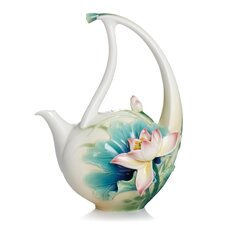 Peaceful Lotus Teapot