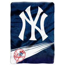 MLB Super Plush Throw