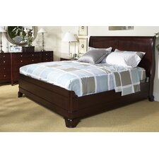 Moderne Sleigh Bedroom Collection